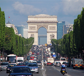 Ave des Champs Elysees Paris