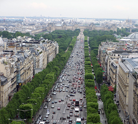Paris Ave des Champs Elysees